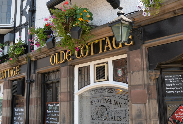 Chester's Olde Cottage Inn, an Admiral pub