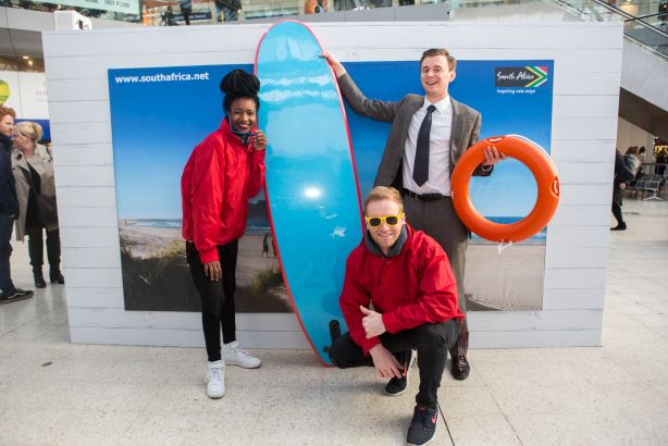 South African Tourism: Stunt at London rail stations