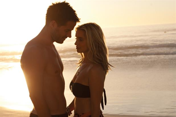 Thomas Cook: Jamie and Louise Redknapp ad campaign