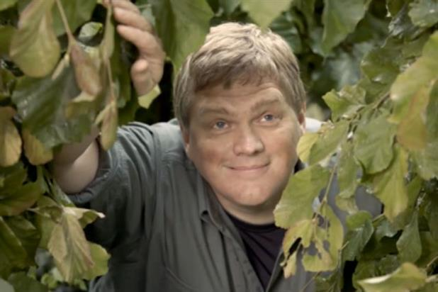 Ray Mears: stars in GoCompare activity