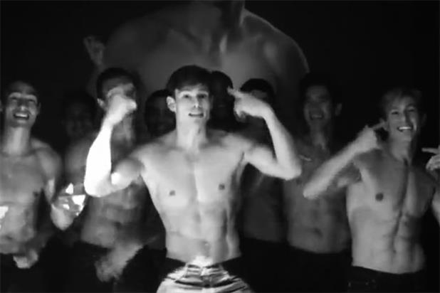 Hottest viral: Abercrombie guys rack up 429,000 shares