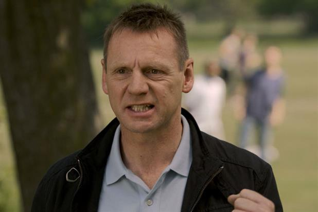 Stuart Pearce stars in Gocompare.com ad