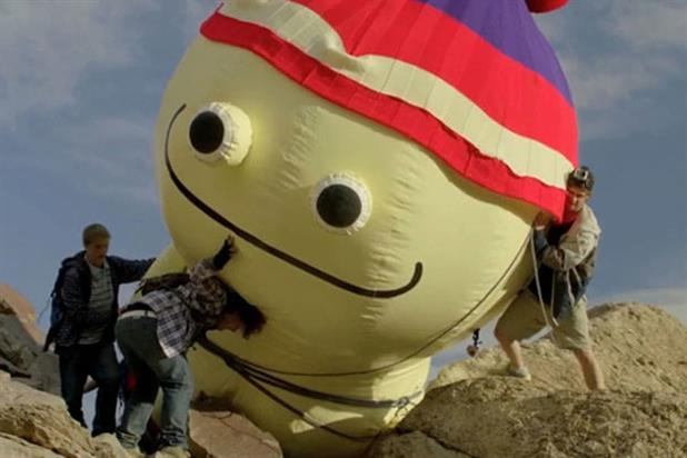 Cadbury's Wispa: 'five friends, one mountain and a very big inflatable' by Fallon