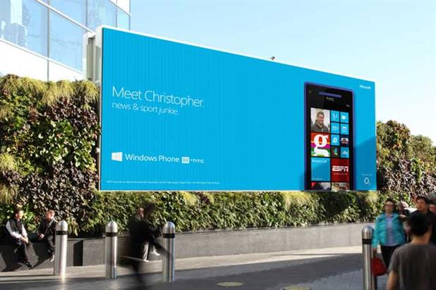 Microsoft: rolls out interactive billboard for Windows phone