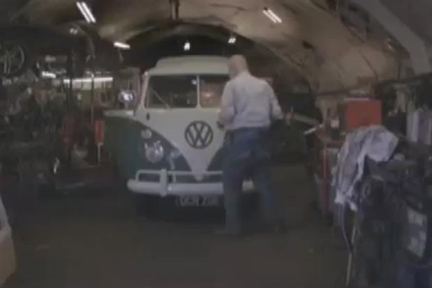 VW Commercial Vehicles: the account moves from Iris