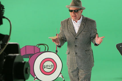 UKTV Gold: Suggs promotes summer schedule