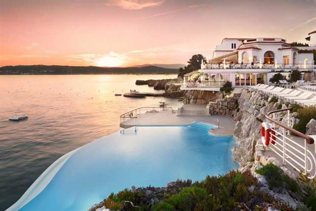 Eden-Roc...the private pool of Hotel du Cap