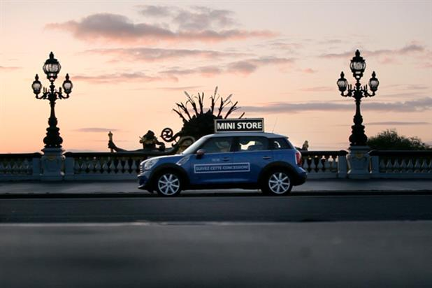 Mini France 'Mini store' by DDB Paris
