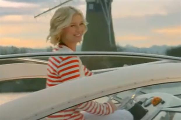 Hoseasons: TV ad stars Denise Van Outen