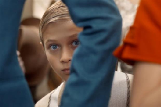Sony Mobile: 'be moved' campaign