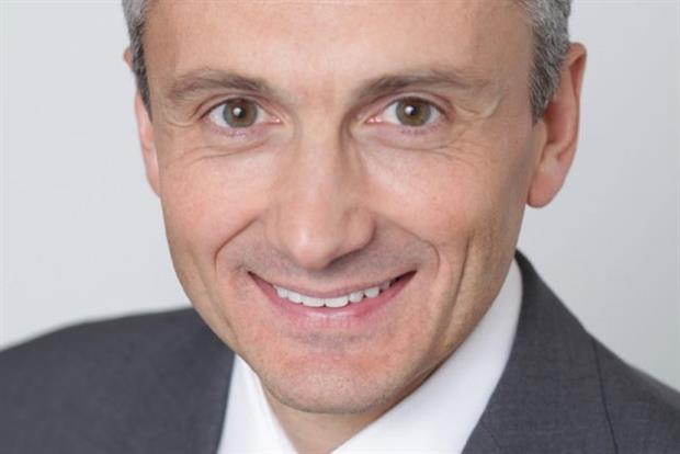 Frank Boulben: BlackBerry chief steps down