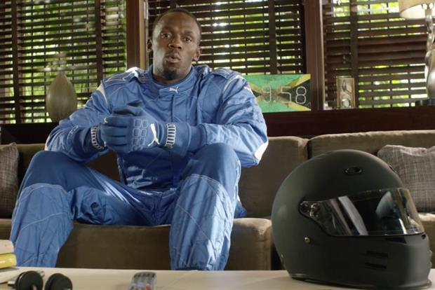 Bolt desafía a los corredores de la Fórmula E en el spot de Visa