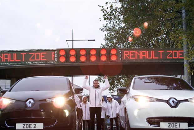 Renault Zoe: electric cars set to race on Scalextric track around London