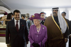 The Queen with the Ruler of Qatar (right) images courtesy of WRG