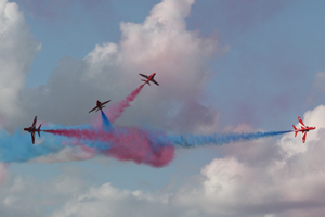 Red Arrows at RIAT by flamesworddragon