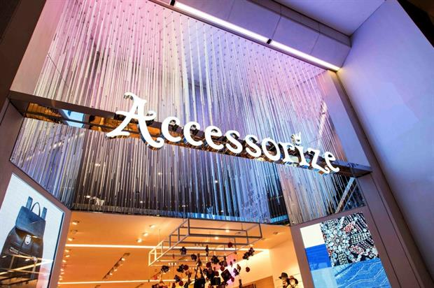 Accessorize: interactive shopping experience at new store