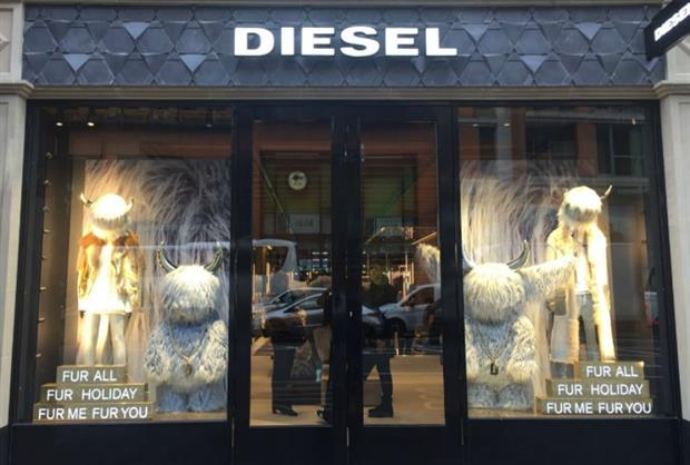 Diesel's store launch used VR technology to create an immersive experience