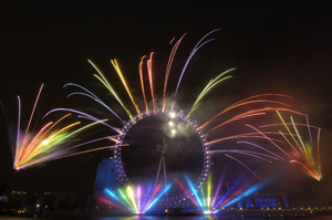 Jack Morton delivers sixth successful New Year's Eve display: gallery