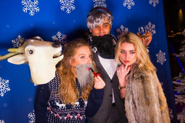 As part of the entertainment on the night The Flash Pack provided a festive GIF photobooth