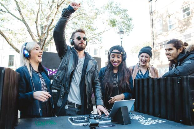 Public DJ decks pop-up on Portobello Road