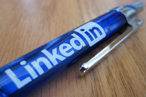 The use of LinkedIn as a job search tool is growing