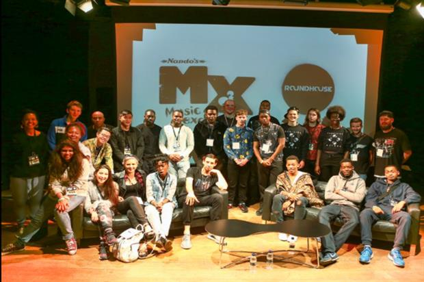 Participants took to the Roundhouse with mentors Muzi and Example (@NandosUK)