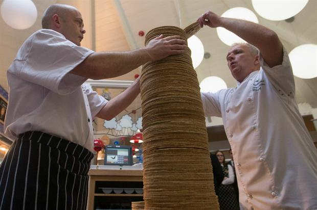The 101.8cm high stack was made up of 213 pancakes