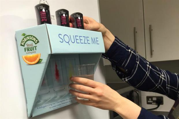 The campaign aims to encourage people to consume more water (@Candg84)