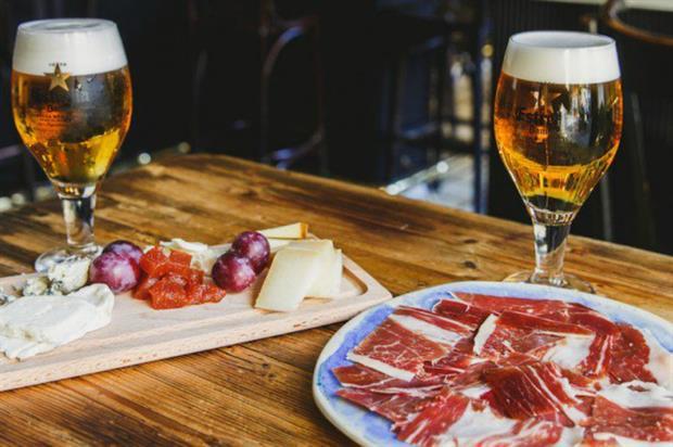 The pop-up will serve traditional Spanish fare alongside beer from Estrella (@EstrellaDammUK)