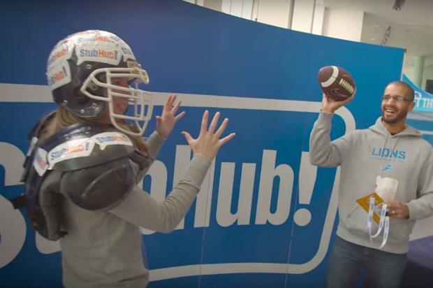 StubHub set up an American football-themed photo wall