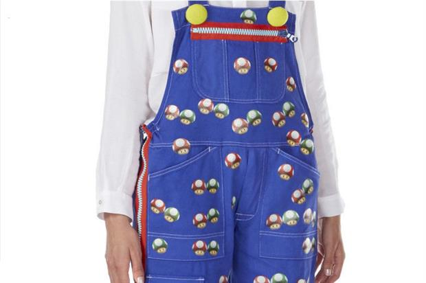 Holland's design features Power Up mushrooms (ebay.co.uk/usr/supermariodungarees)
