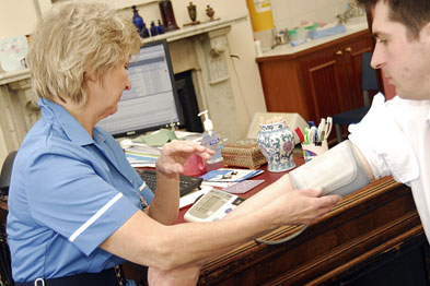 Nurses can be better in improving blood glucose control  in diabetes patients
