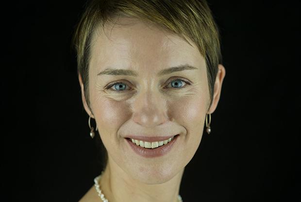 Dr Jennifer Napier