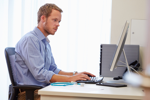 Ensure you are familiar with the practice's computer system (Photo: iStock)