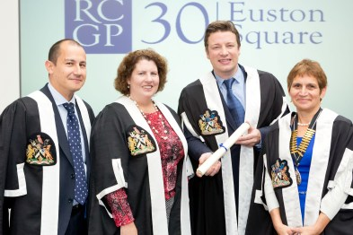 Jamie Oliver recognised by RCGP for healthy eating work (Photo: Grainge Photography/RCGP)