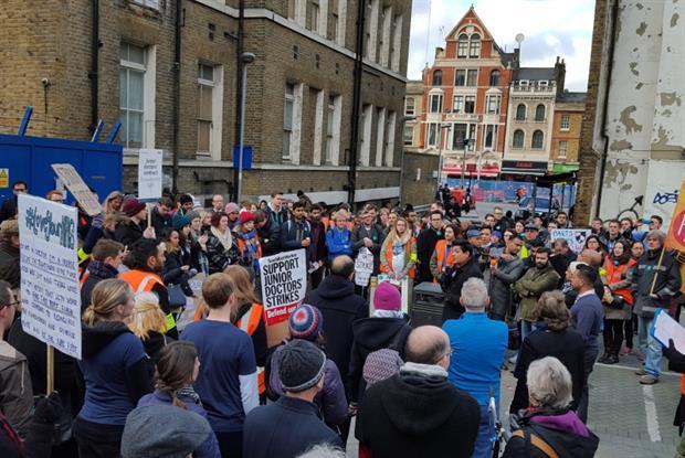 Junior doctors on strike (Photo: Neil Roberts)