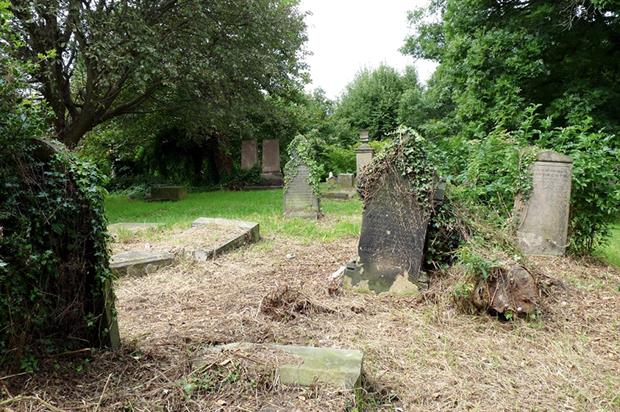 Westgate Hill Cemetery: new addition to at-risk listing (Historic England)