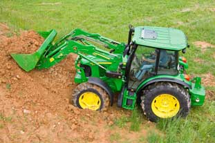 John Deere 5080R tractor series replaces the 5020 models - photo: John Deere