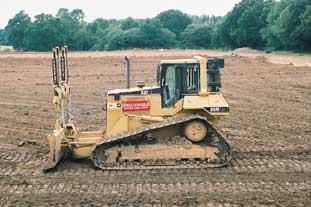 Speedcut puts Caterpillar D6 bulldozer to work on Basingstoke pitch scheme - photo: Speedcut