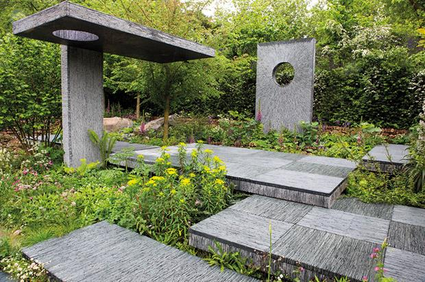 Award: construction by Bowles & Wyer helped Darren Hawkes' Brewin Dolphin garden win gold at Chelsea 2015