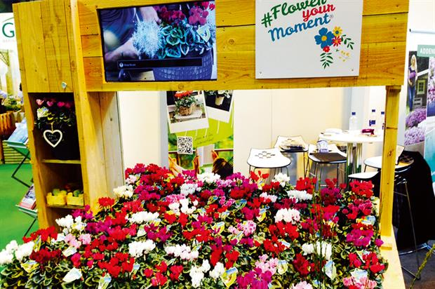 Flower Your Moment: inspiration table marketing initiative was launched at the Glee trade show in Birmingham