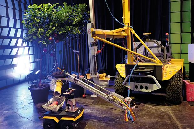Fresh Fruit Robotic Harvester: vision-guided robotic arm detects the fruit in three dimensions prior to picking - image: FFRobotics/CEAR Lab