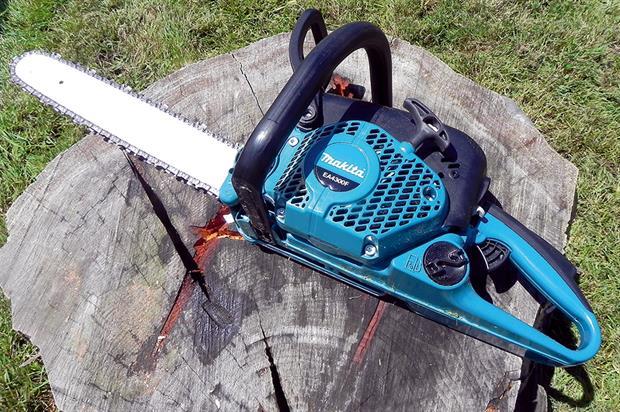 Makita EA4300F chainsaw - image: HW
