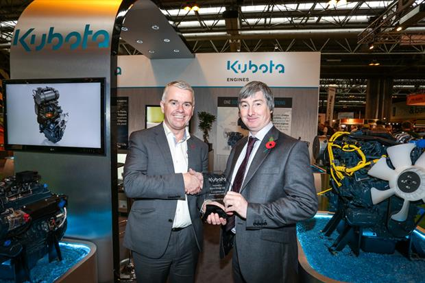 Dave Roberts, Kubota MD (left) with Bryco director Garry Snedker. Image: Supplied
