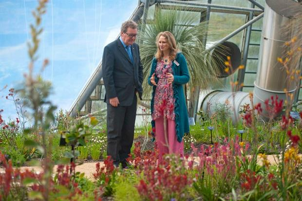 Alexander Downer with lead horticulturist Catherine Cutler. Image: Eden Project