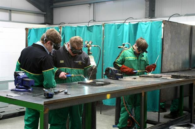 Apprentices at the new John Deere training centre. Image: Supplied