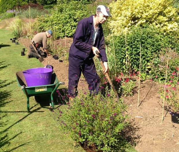 Gardeners get planting at Great Comp Garden