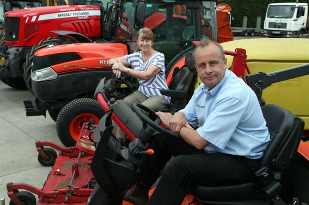 (left to right) Wychavon senior parks and greenspace officer Lynn Stevens and Smart Cut director Tom Rimell