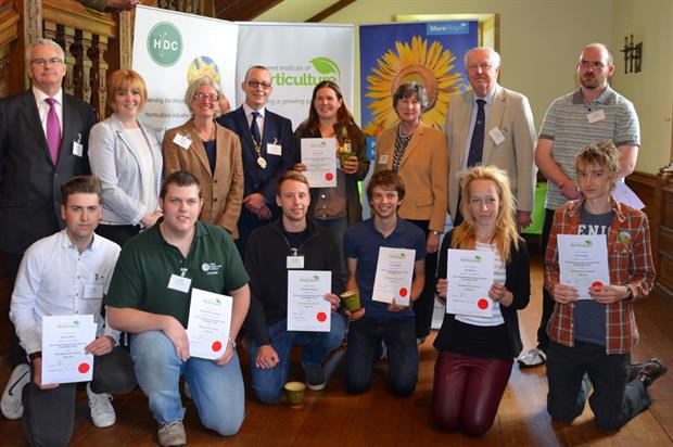 Young Horticulturist of the Year 2015 finalists, sponsors, question master and CIH president
