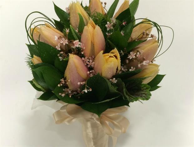 Tulip Royal Celebration bouquet